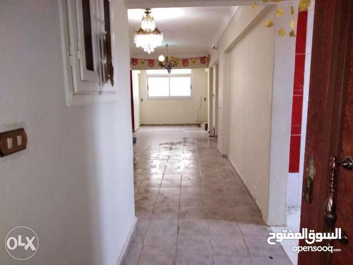 شقة للبيع في العجمي الهانوفيل شارع جميل الحوتي متفرع من شارع رضوان
