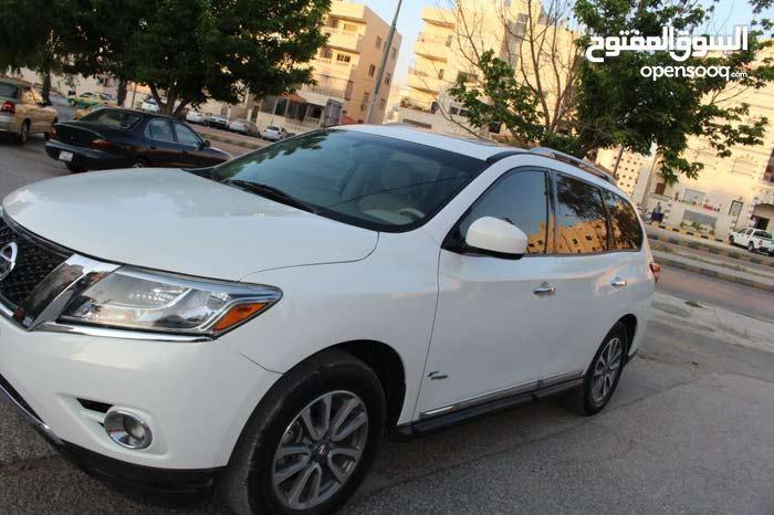 Used Nissan Pathfinder in Zarqa