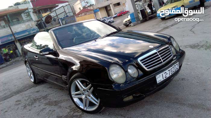 Automatic Mercedes Benz 2000 for sale - Used - Zarqa city