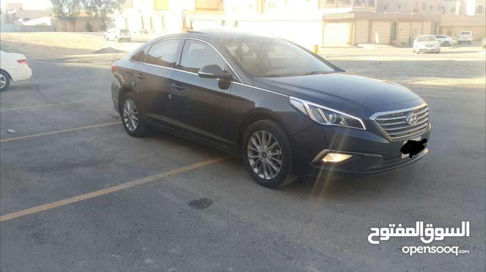 For sale Hyundai Sonata car in Al Riyadh