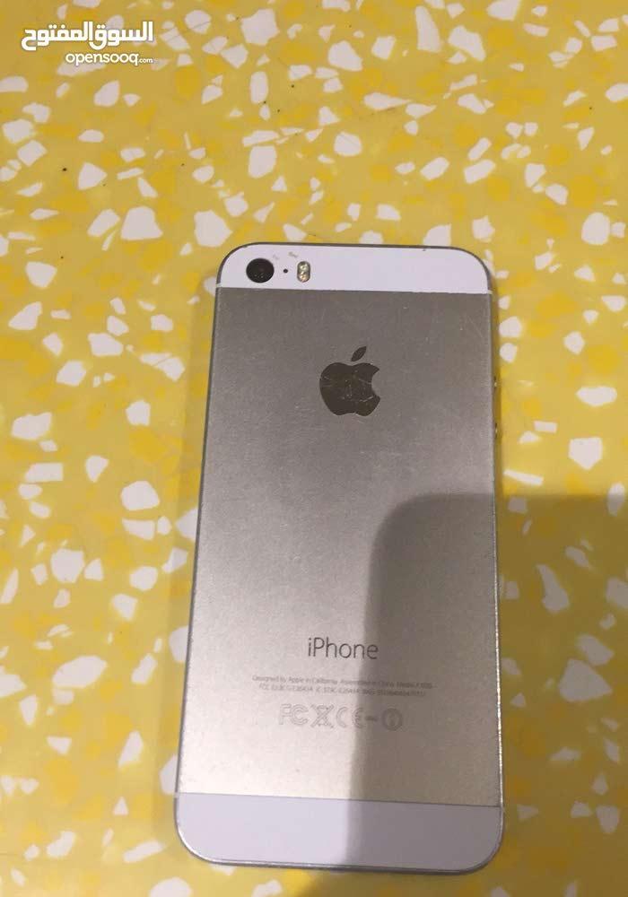 iPhone 5C للبيع نظيف كسر شاشه فقط