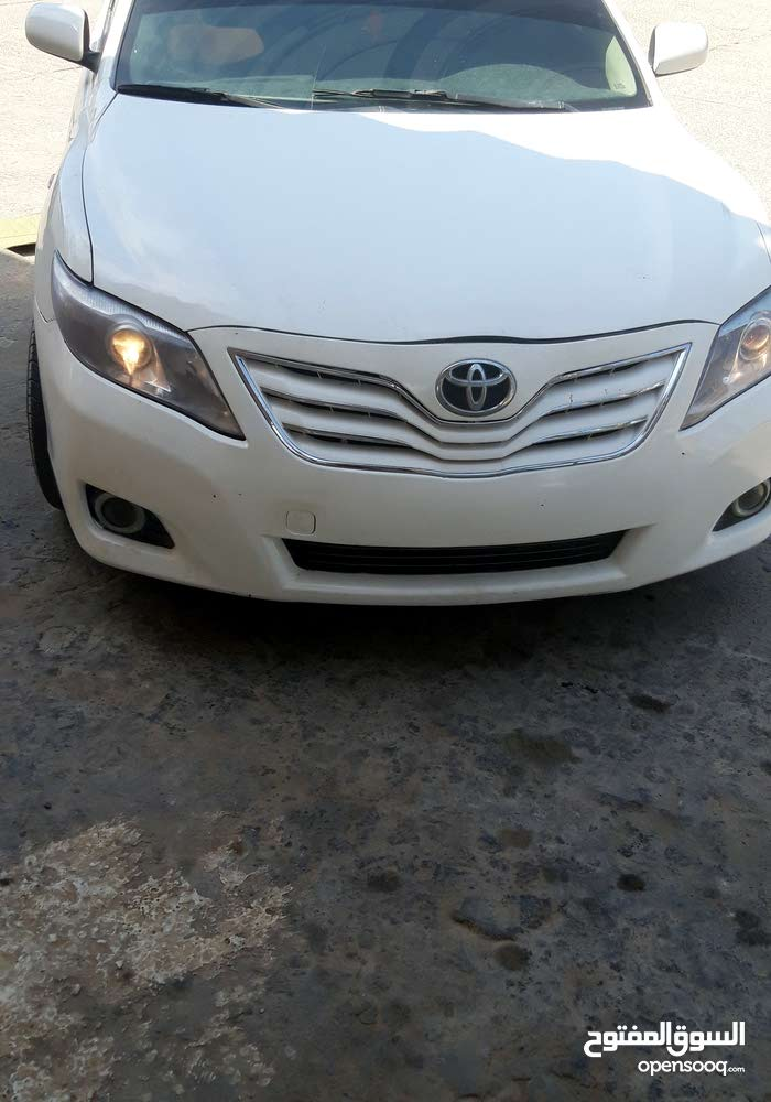 Used condition Toyota Camry 2008 with 100,000 - 109,999 km mileage