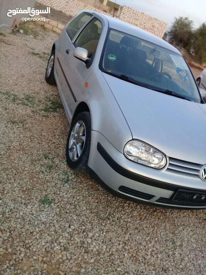 Volkswagen Golf 2000 - Automatic