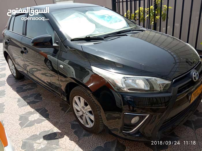 Automatic Toyota 2015 for sale - Used - Ibra city