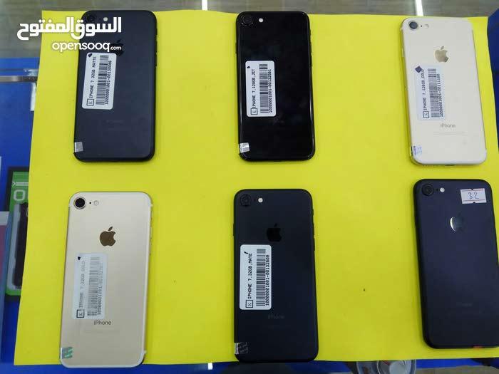 عرض تحطيم الاسعاااار علي ايفون 7 هاتف قمة في النظافة بحالة الوكالة