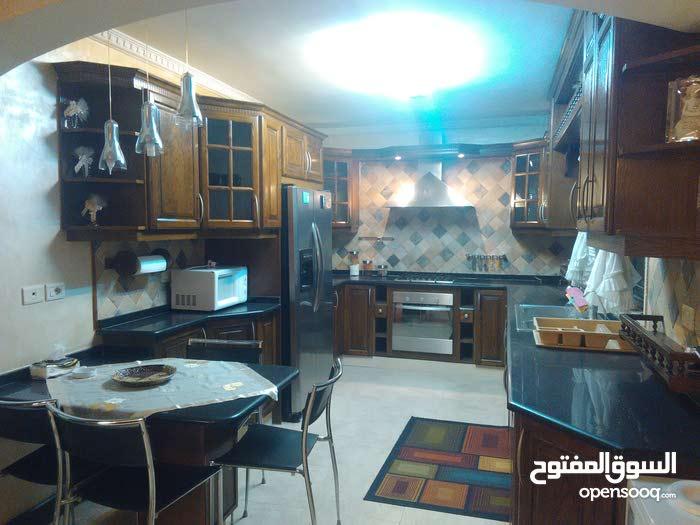 شقة ارضية مفروشة للايجار - ديرغبار