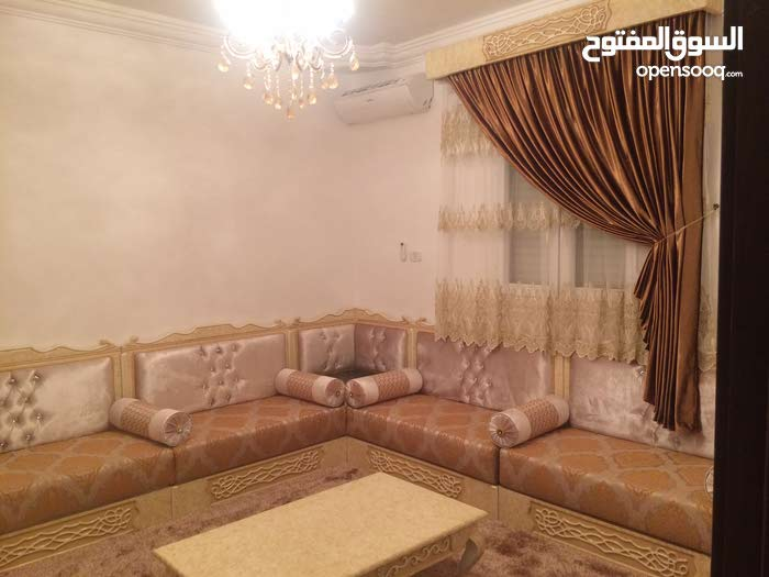 3 rooms  apartment for sale in Tripoli city