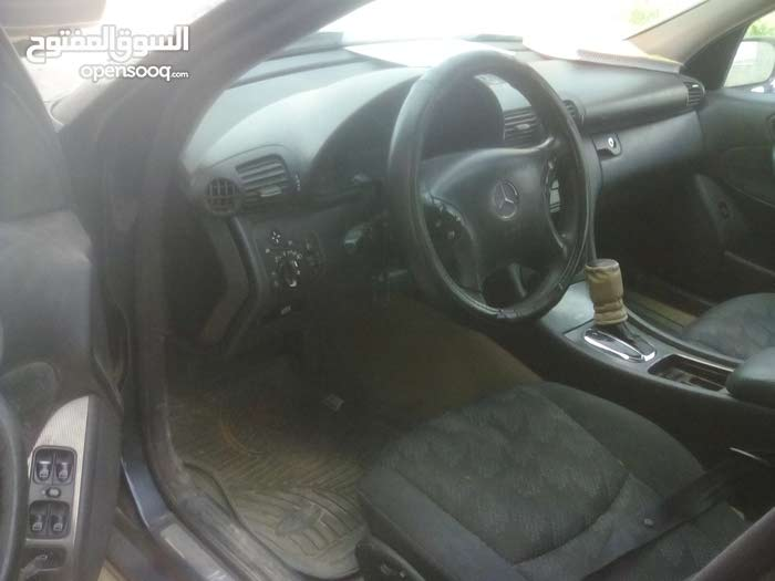 Mercedes Benz C 200 2002 - Bani Walid