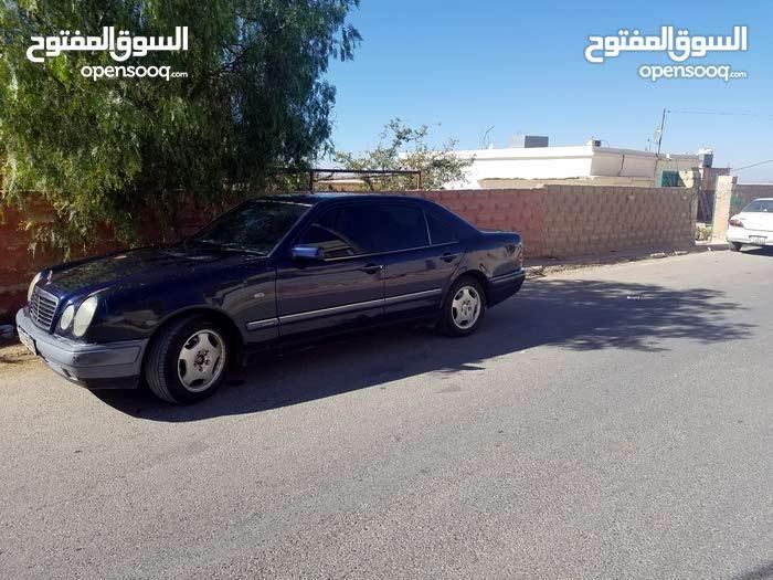 Automatic Mercedes Benz E 200 1998