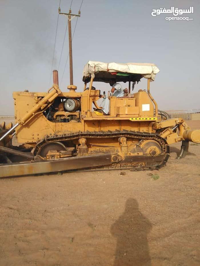 buy popular aecda 0a405 Bulldozer 1983