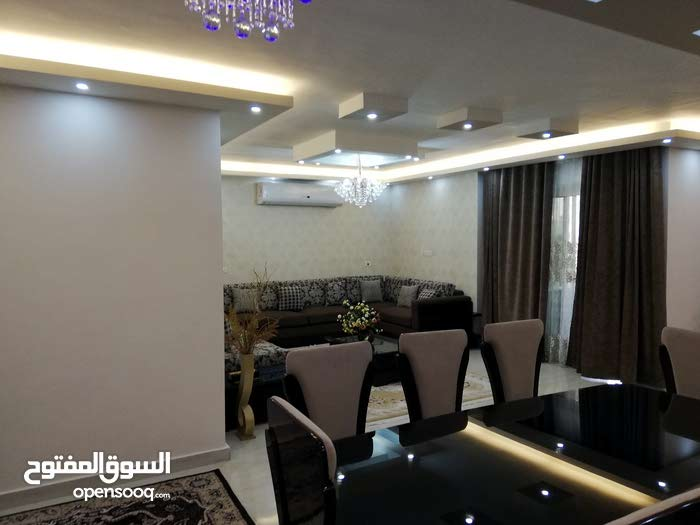 for rent apartment of 180 sqm