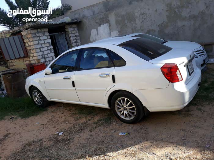 Daewoo Lacetti 2009 For sale - White color