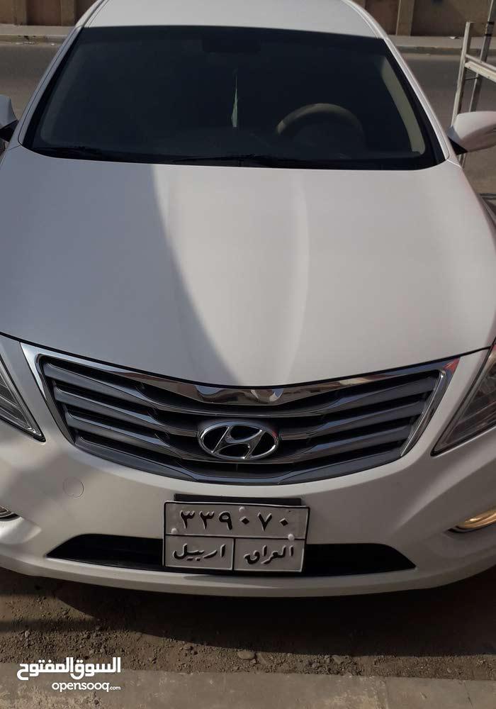 White Hyundai Azera 2015 for sale