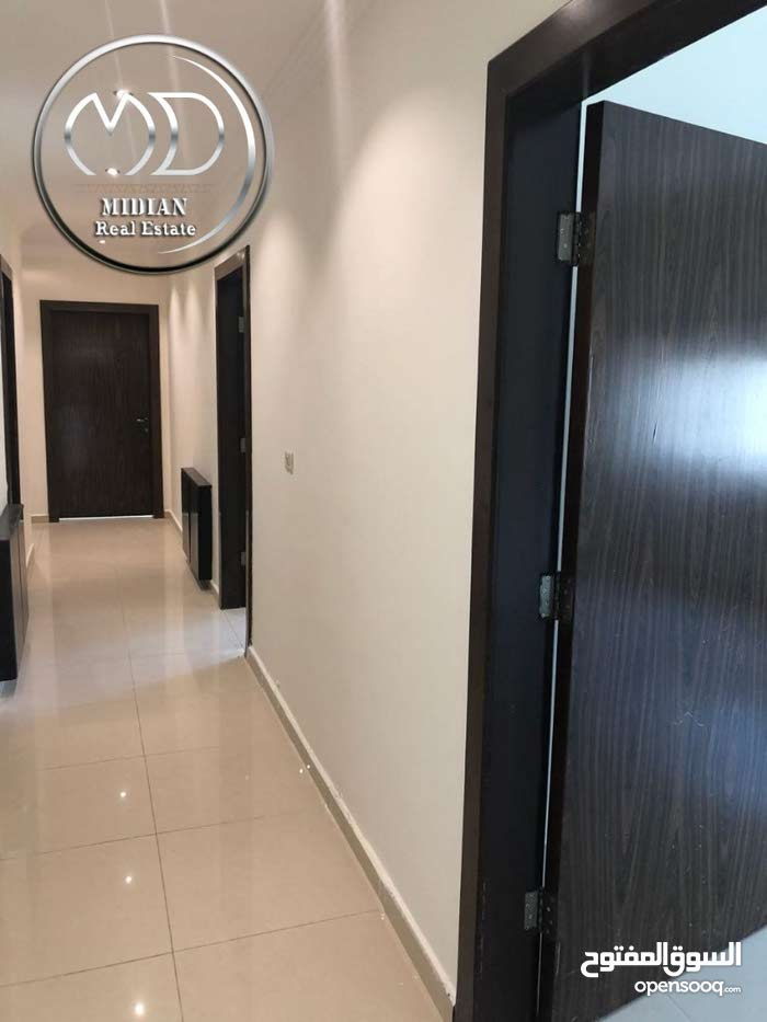 Khalda neighborhood Amman city - 380 sqm apartment for rent