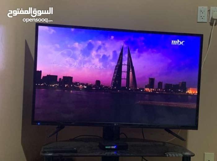تلفزيون 48 بوصه. باقي في ضمانه 7 شهور للبيع بادمام