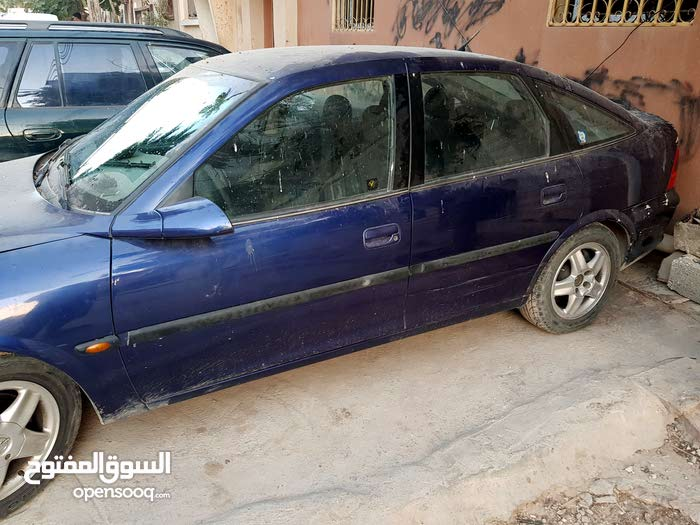 Automatic Blue Opel 2005 for sale