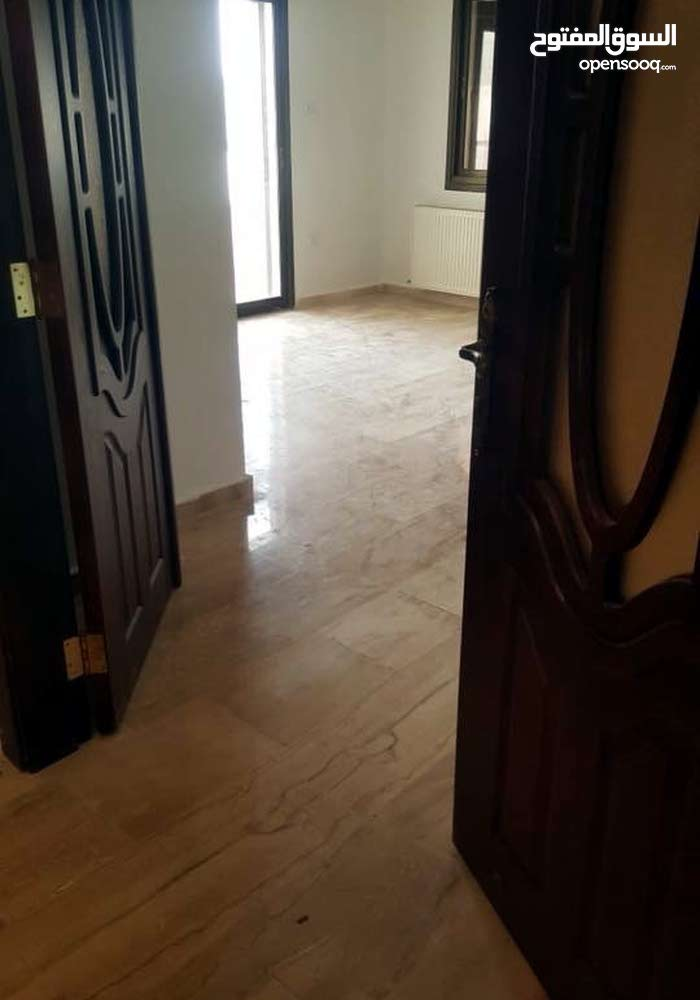 شقة طابق ثاني مساحة 150 للبيع/ناعور بعد كازية السلام 29