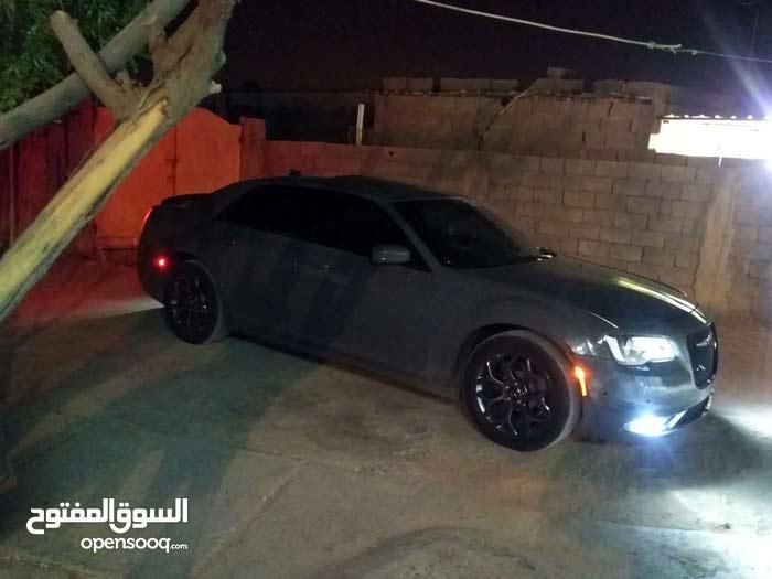 Chrysler 300C car for sale 2017 in Basra city