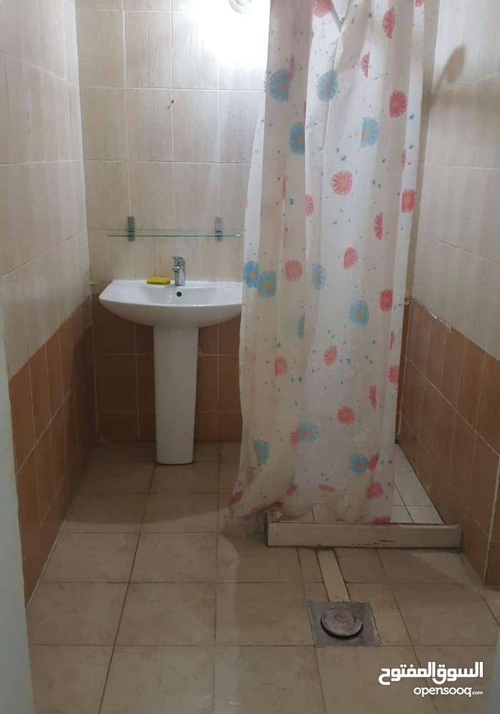غرفه وصاله مطبخ حمام