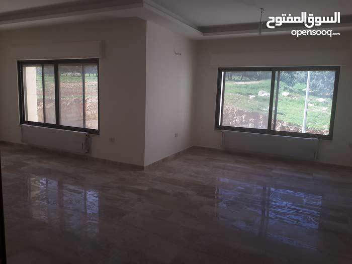 شقه للبيع في خلدا 4 نوم قرب مدارس ساندس جديده لم تسكن
