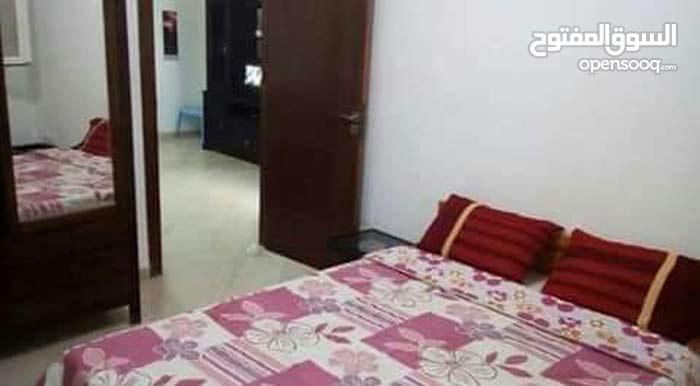 شقة للايجار أمام مصحة الياسمين و قرطاجنة و باستور