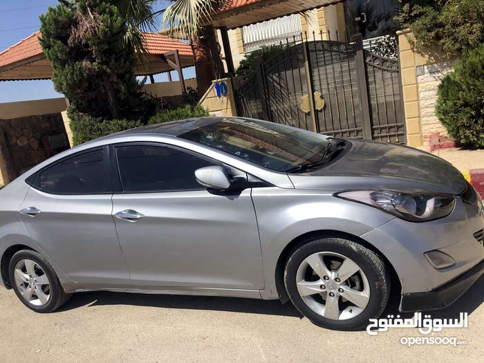 Avante 2019 for rent in Amman