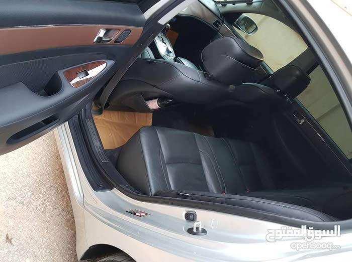 New condition Hyundai Genesis 2010 with 1 - 9,999 km mileage
