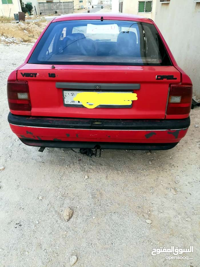 1992 Opel Vectra for sale in Mafraq