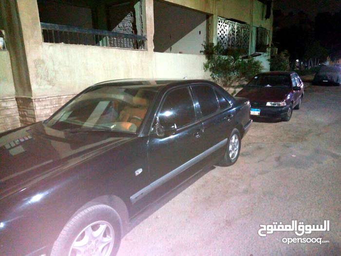 For sale Mercedes Benz E 200 car in Cairo