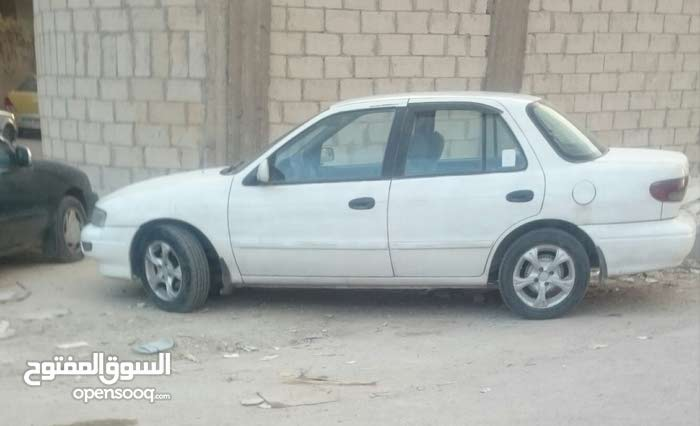 Kia Sephia 1995 For sale - White color