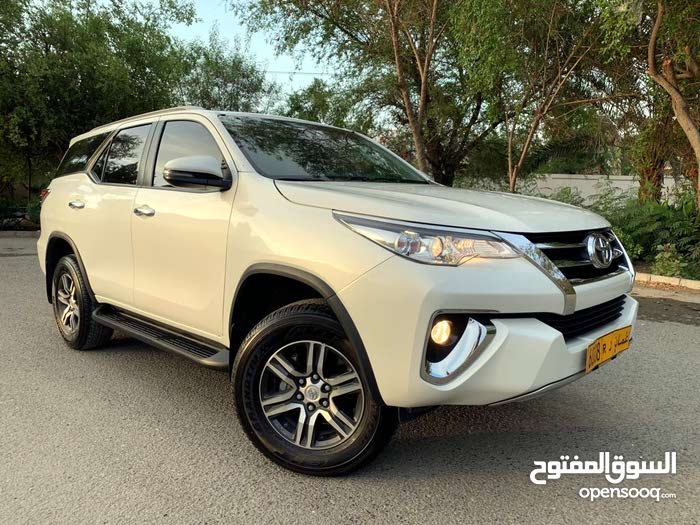 White Toyota Fortuner 2018 for sale - (109621627) | Opensooq