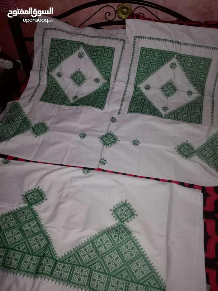 طقم غلاف سرير النوم مطروز طرز تقليدي