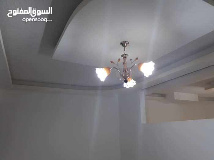 شقة تسوية مميزة للبيع بالقرب من مستشفى حمزة