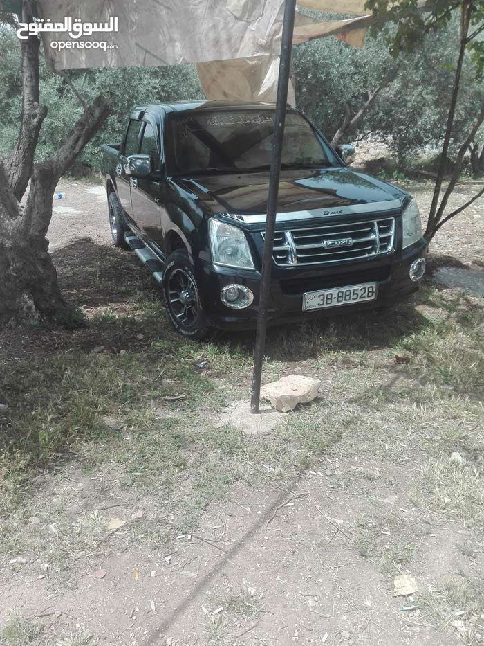 For sale Isuzu D-Max car in Jerash