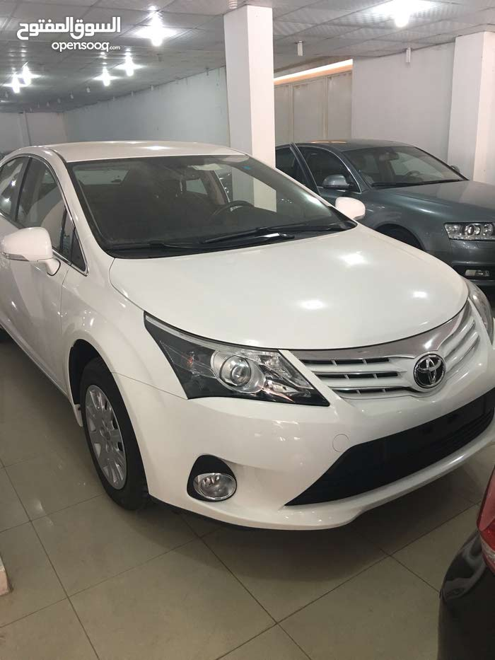 Available for sale! 10,000 - 19,999 km mileage Toyota Avensis 2013