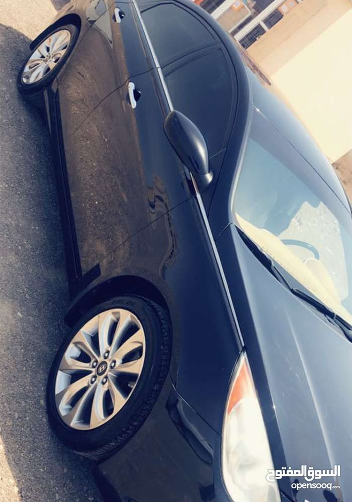 Automatic Hyundai 2011 for sale - Used - Muscat city