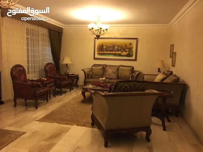 Al Gardens neighborhood Amman city - 200 sqm apartment for rent