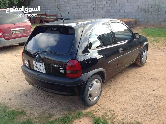 Manual Black Opel 1998 for sale