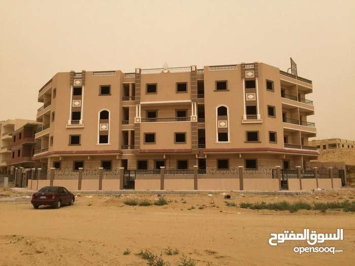 شقة155م2,استلام فوري (واجهة),بعداد الكهرباء,دور متكرر,بمدينة الشروق