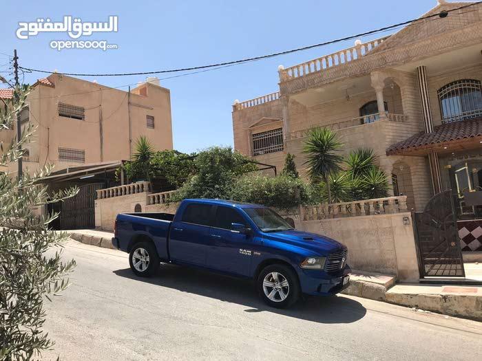 قصر للبيع في حي القادسيه
