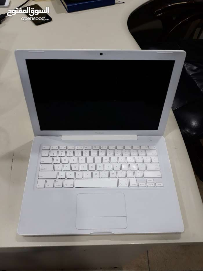 Apple Macbook (A1811) For Sale