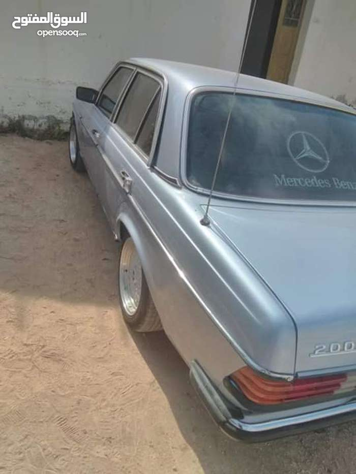 Automatic Mercedes Benz 1981 for sale - Used - Al Karak city