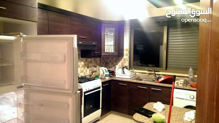 Very distinctive apartment - in Abdoun - very luxurious - for daily rent