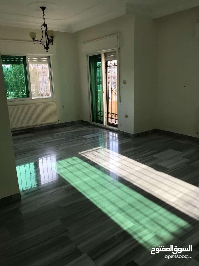 شقة سوبر ديلوكس مساحة 160 م² - في منطقة الدوار السابع للبيع
