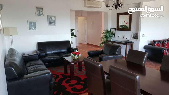 شقة راقية امان شوف البحر