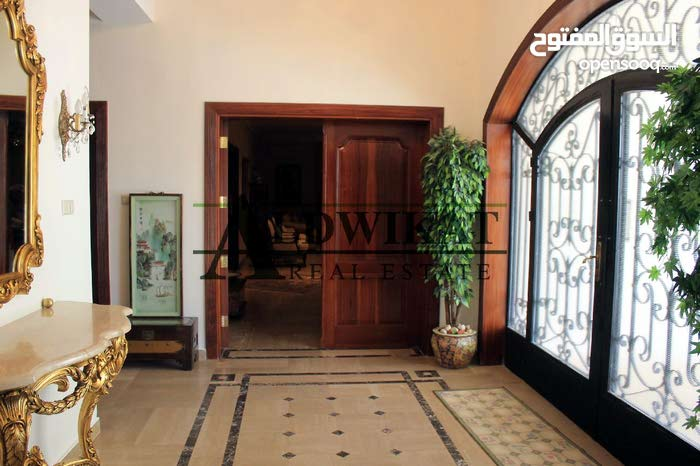 Villa in Amman Al Kursi for sale