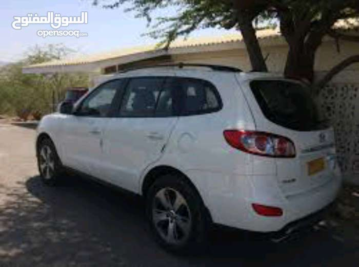 2012 Used Santa Fe with Automatic transmission is available for sale