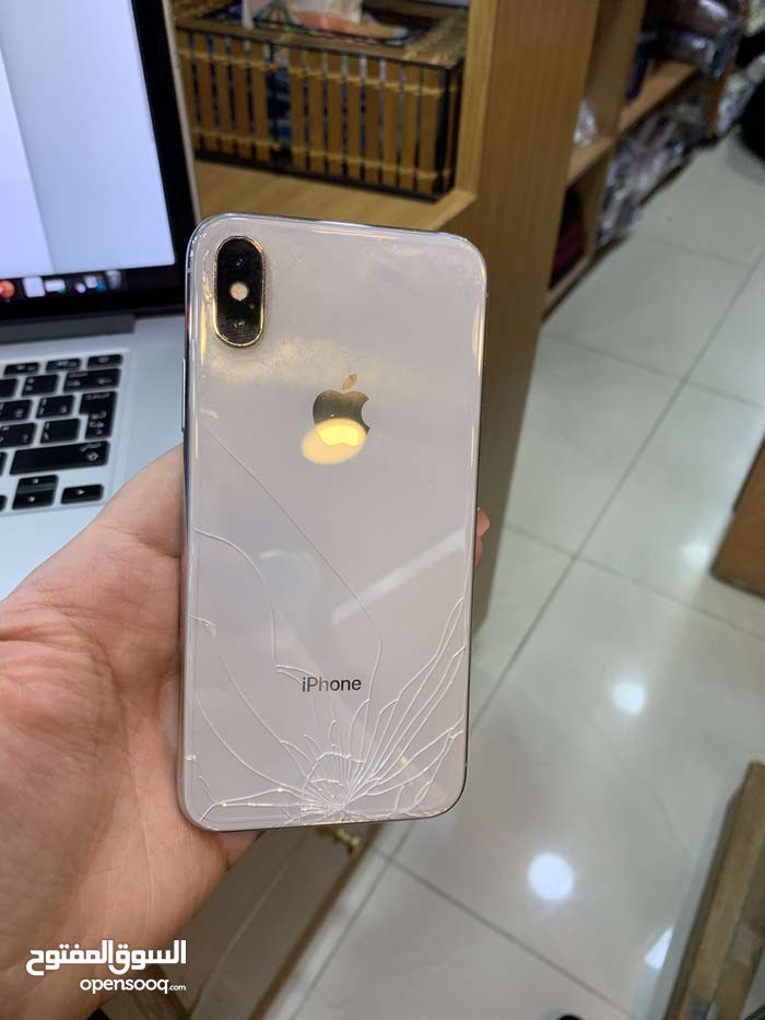 new product 9d712 08c86 used iPhone X for sale, broken back