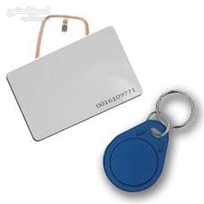 البطاقات البلاستيكيه Plastic Cards