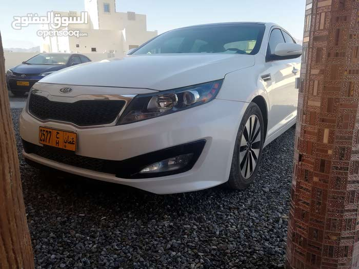 New condition Kia Optima 2011 with 100,000 - 109,999 km mileage
